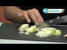 Domowe sposoby na kaszel - syrop z cebuli