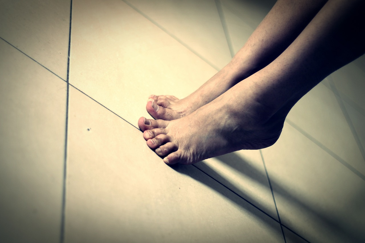 feet-70573-1280_893c.jpg