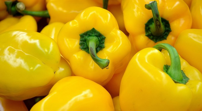 http-pixabay-com-en-pepper-yellow-food-vegetables-22111_5e0f.jpg