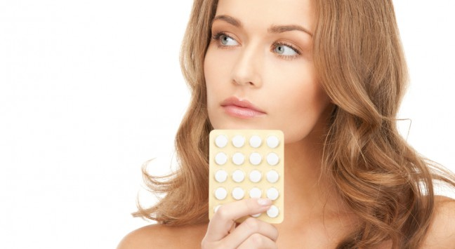 http-www-shutterstock-com-pl-pic-71907643-stock-photo-picture-of-young-beautiful-woman-with-pills-html-src-sdlayqqzh7ig5srixg9ayw-2-52_a3d4.jpg