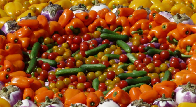 httppixabay-comenvegetables-paprika-food-tomatoes-233344_b79e.jpg