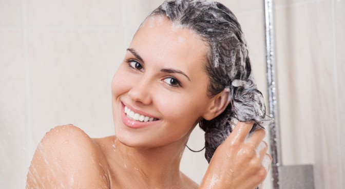 http-www-shutterstock-com-pl-pic-180341654-stock-photo-young-woman-washing-her-head-in-the-shower-by-shampoo-html-src-qhvosshbnz4jhjt8heuj9g-1-4_d6c4.jpg
