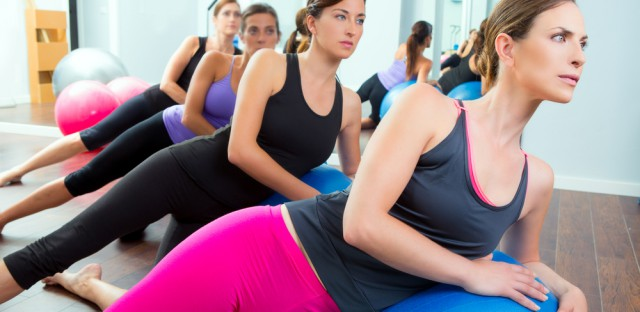 http-www-shutterstock-com-pl-pic-113876671-stock-photo-aerobic-pilates-women-group-with-stability-ball-in-a-row-on-mirror-gym-html-src-pp-photo-83728282-6_fe79.jpg