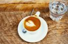 Kochanie, co ci zrobić na śniadanie? Kawę z masłem!