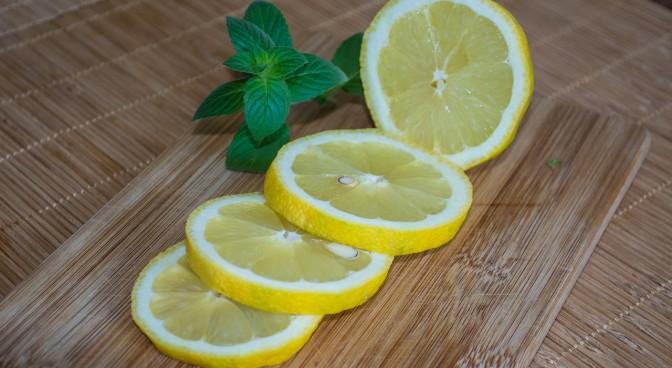 lemons-409089-1280_f6df.jpg