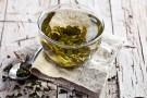 Zamień kawę na zieloną herbatę. Oto 6 powodów, by zacząć dzień od filiżanki zielonej herbaty