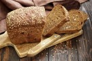 Dodanie kwasu foliowego do chleba i mąki może uratować życie setek dzieci